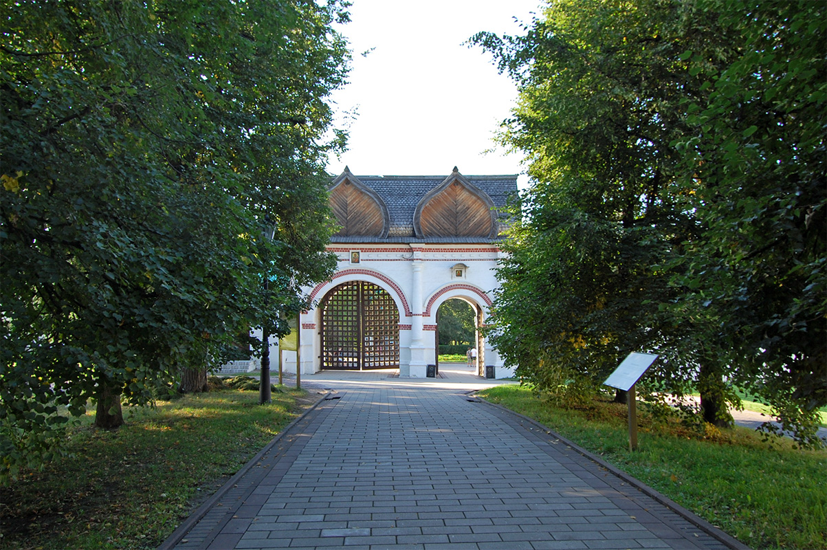 спасские ворота в краснодаре